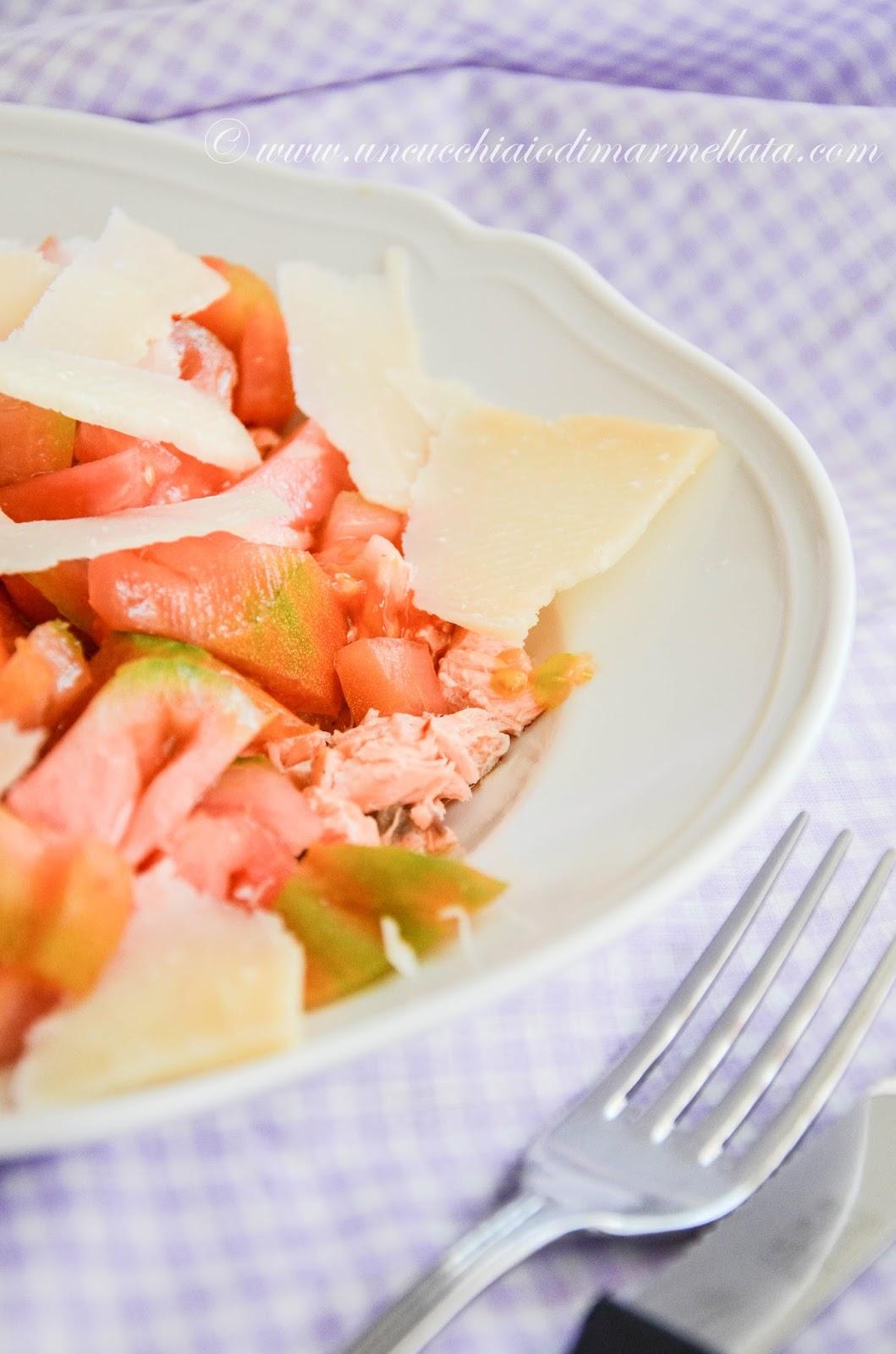 salmone in insalata