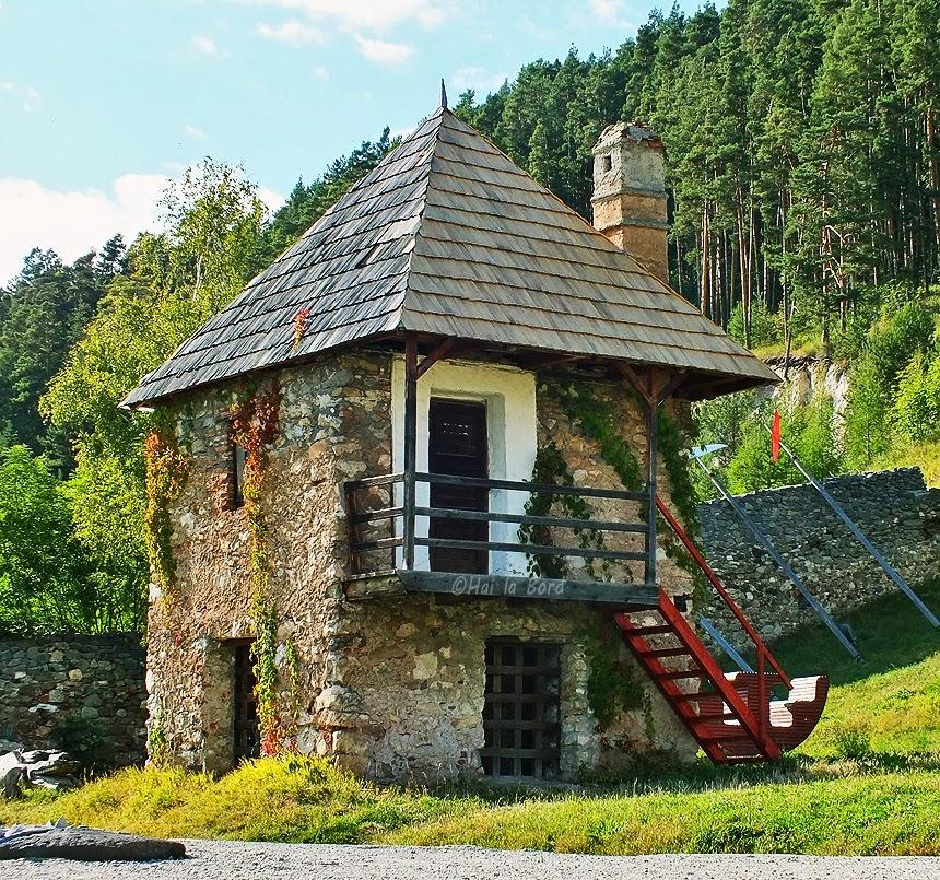 casa-turn castel lazarea
