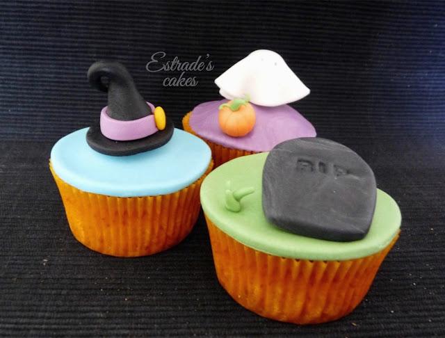 cupcakes de Halloween con fondant - 2