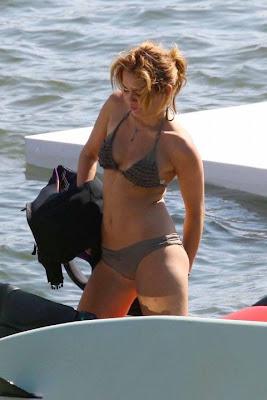 Miley Cyrus Black Tiny Bikini Pictures