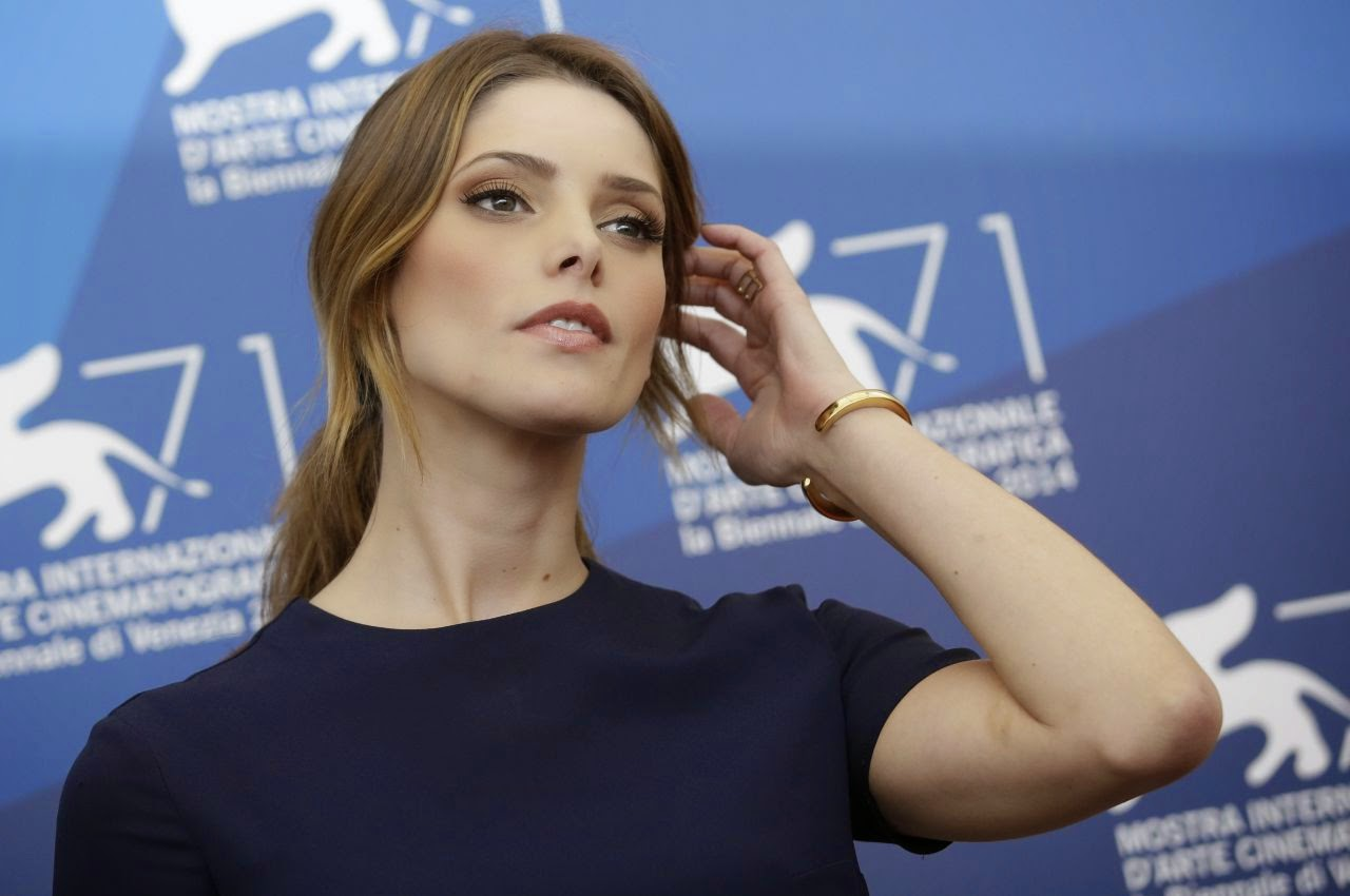 Ashley Greene wears Alexander McQueen for 'Burying the Ex' Venice Film Festival Photocall