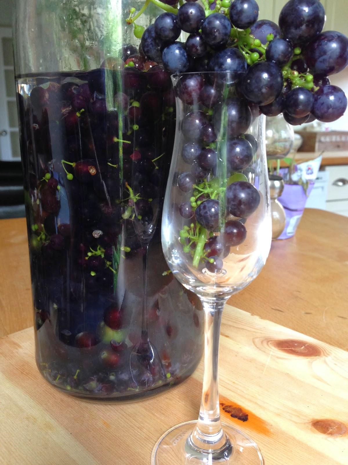 Nalewka na winogronach