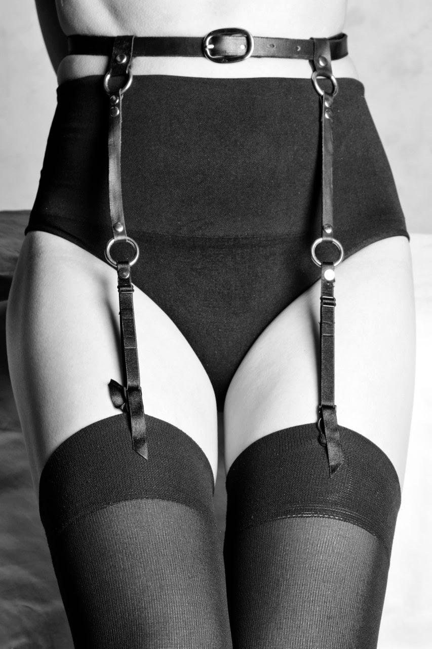 Fetish Accessories : Leather Black Suspenders