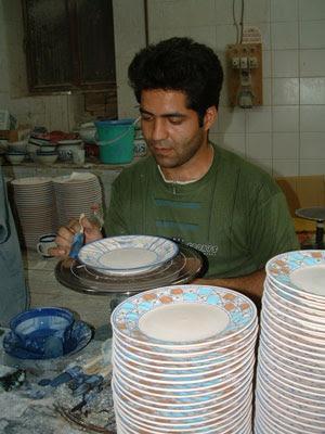 Tradicional Porcelana iraniana de Maybod Morvarid