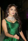 actress Jiya glamorous photos-thumbnail-6