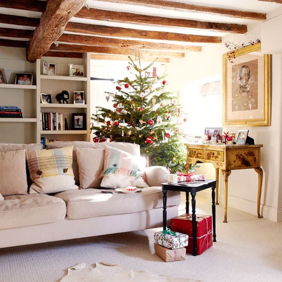 New home interior design step inside this pretty for Pretty houses inside