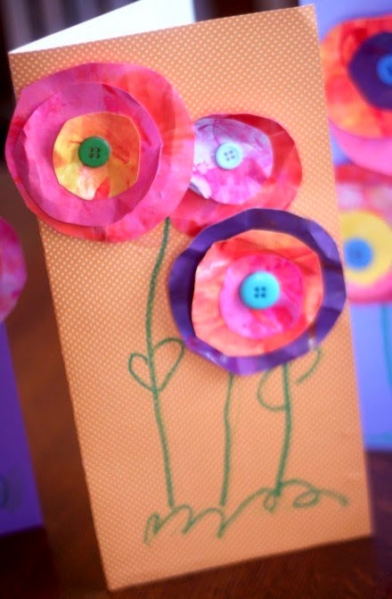http://scrapbooking.craftgossip.com/mothers-day-gift-idea-flower-cards-made-by-kids/2013/05/09/