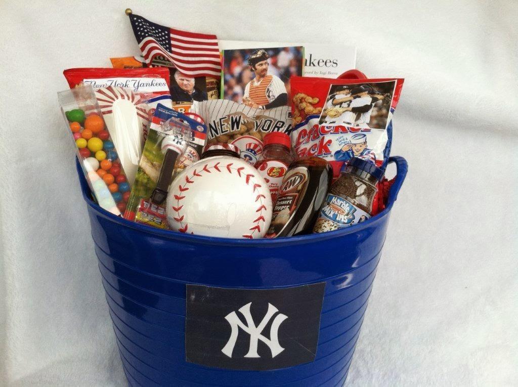 What's in a Derek Jeter gift basket?   IrishCentral.com