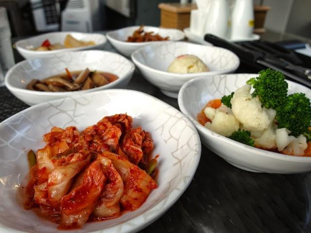 lunarrive somerset triple one korean restaurant cuisine kimchi random date