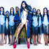 Tati Zaqui reúne fãs com cabelos azuis em ensaio fotográfico