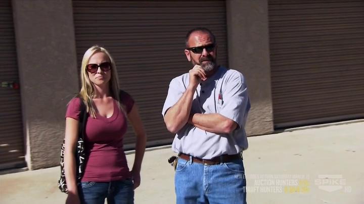 caroline auction hunters