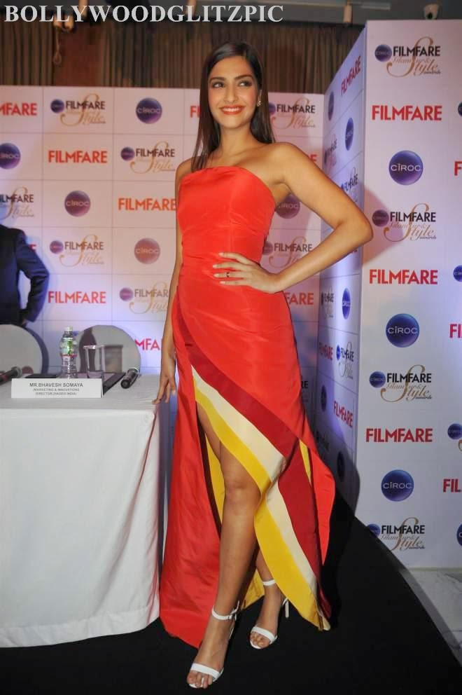 Sonam Kapoor At Ciroc Filmfare Glamour Style Awards Press Conference Photos