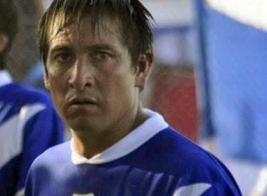 Jogador argentino morre após ser atingido por tijolo na saída de estádio