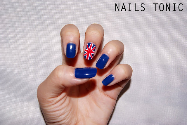 Nails tonic union jack nail art union jack nail art prinsesfo Image collections