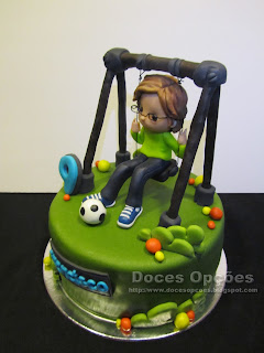 bolo aniversário menino baloiço bragança