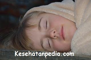Manfaat Tidur Tanpa Busana bagi Kesehatan Pria dan Wanita