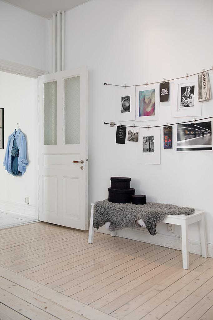 my scandinavian home fresh inspiration from a gothenburg apartment. Black Bedroom Furniture Sets. Home Design Ideas