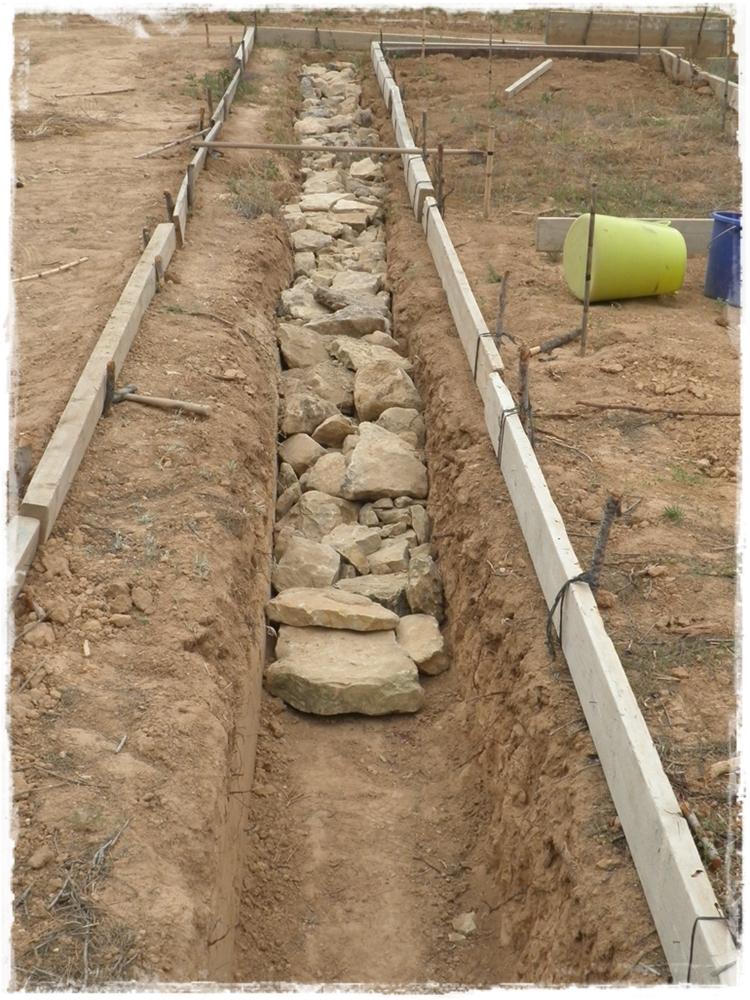 Paja y barro junio 2012 - Muros de piedra construccion ...