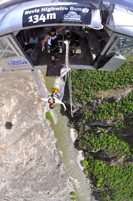 nevis bungy jump queenstown new zealand