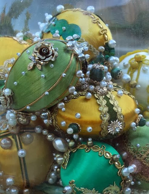 Vintage Pushpin beaded Ornaments Photo By Calsidyrose