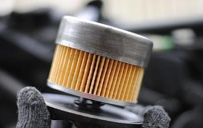 Tips dan Cara Membersihkan Saringan Oli Agar Motor Awet