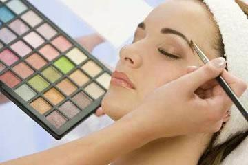 Kimia di Kosmetika Penyebab Kanker Payudara?