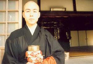 японский монах