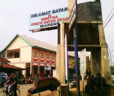 Mayong Kidul - Pusat Industri Genteng Keramik Jepara