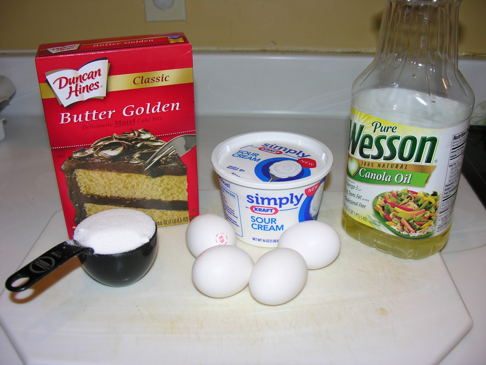 Sour cream pound cake mix recipe