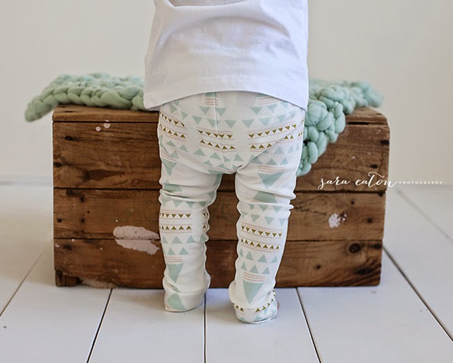 Lovely leggings with geometrical print by Sugarplum Lane - Baby fashion collection
