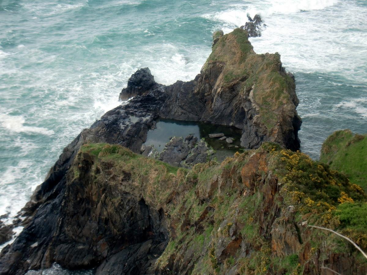 Trotones senda costera canero otur tramo xvi - Baneras vistas ...