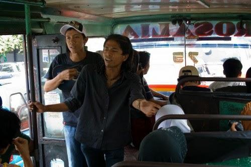 Kicau Angsa 6 Jenis Pengamen Di Jakarta