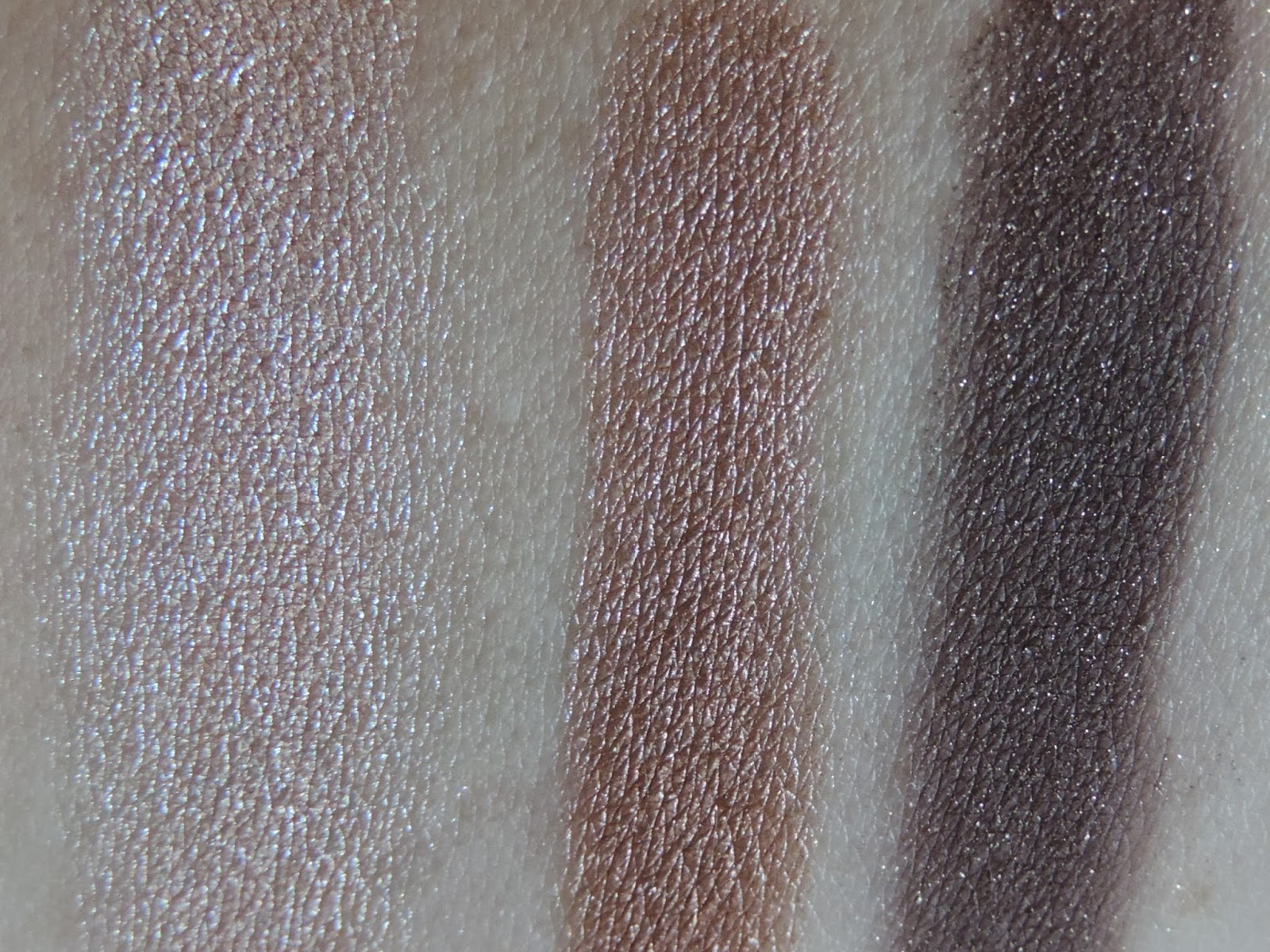 Close up swatches Too Faced Natural Eyes Palette