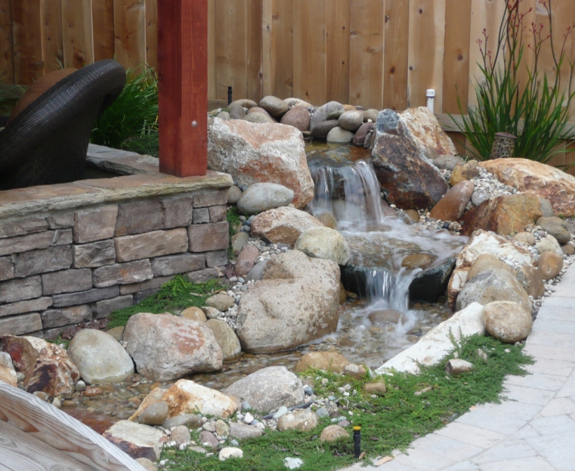 The 2 minute gardener photo pondless water feature for Building a small water feature