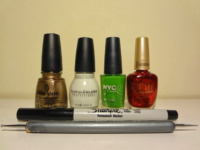 Christmas nail polish colors, China Glaze Goldie But Goodie