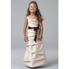 Beauty Kinder - Mia Maid!