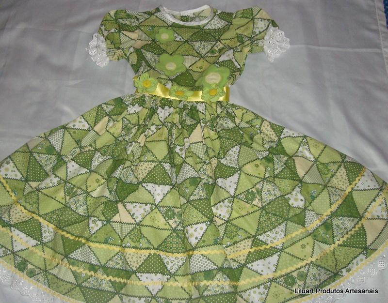 Vestido festa junina infantil verde e amarelo