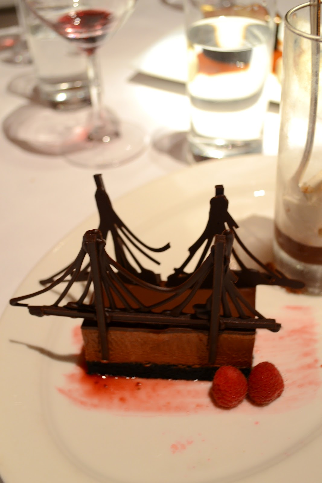 chocolate brooklyn bridge dessert