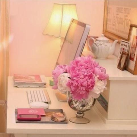 oficina color rosa
