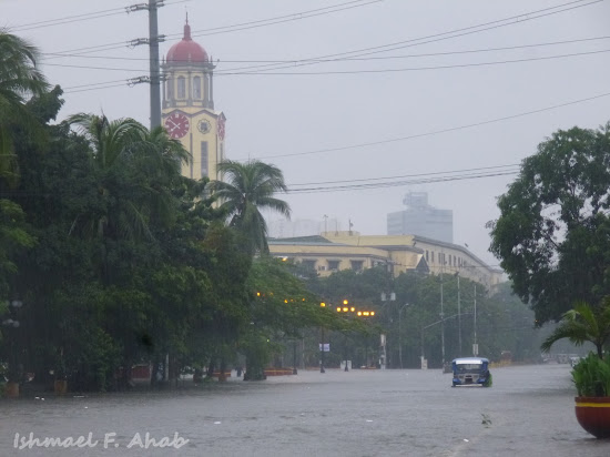 Manila City Hall flooded due to Habagat floods
