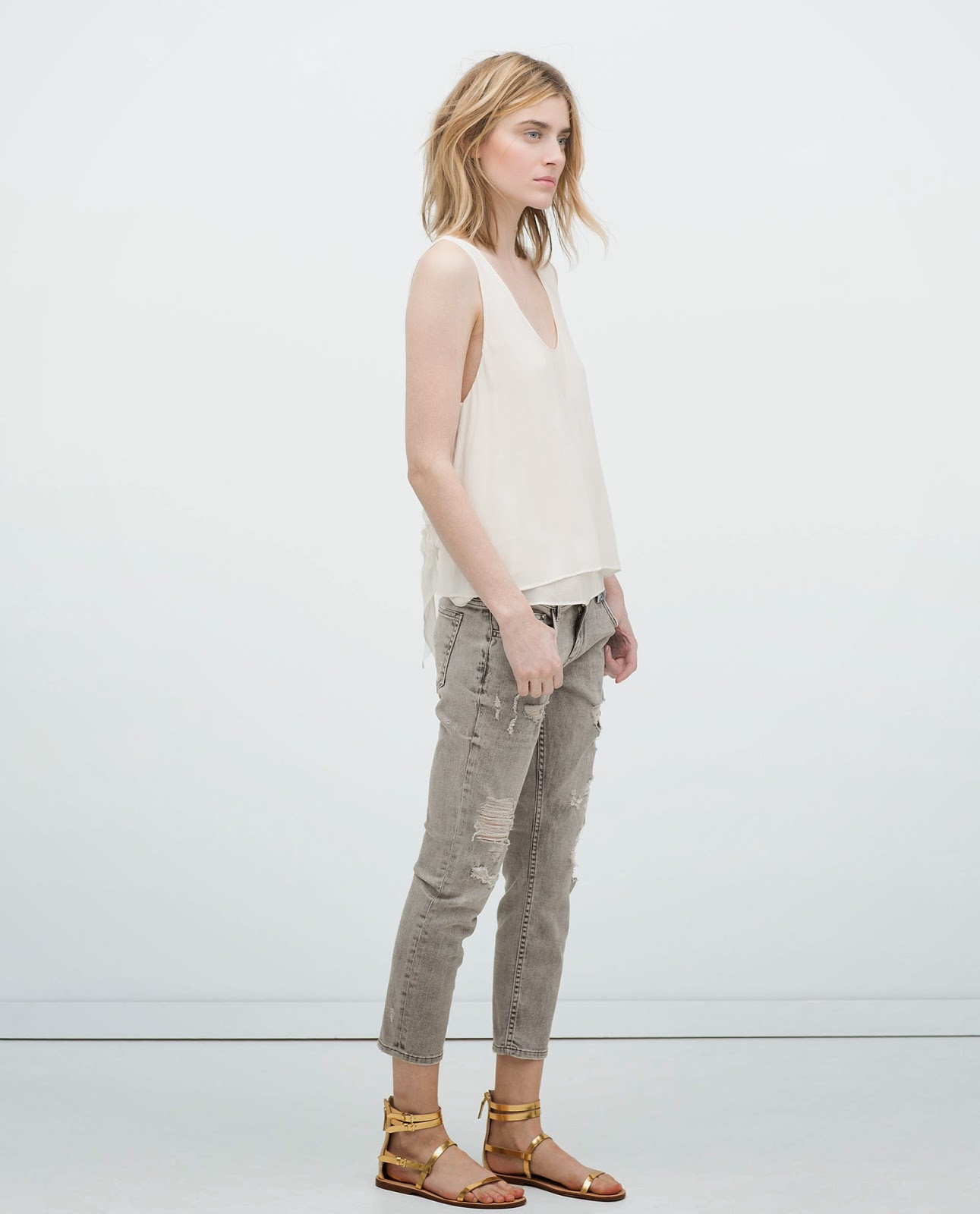 zara grey ripped jeans, zara distressed jeans,