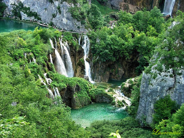 Foto-Danau-Indah-Plitvice-Lakes_2