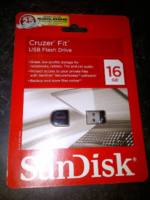 Shows USB flash drive in package