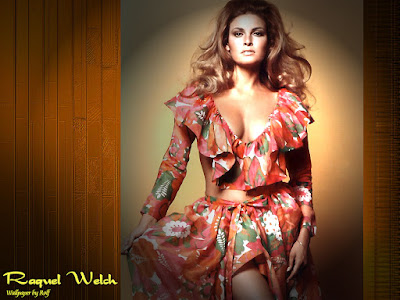 Raquel Welch Beautiful Wallpaper
