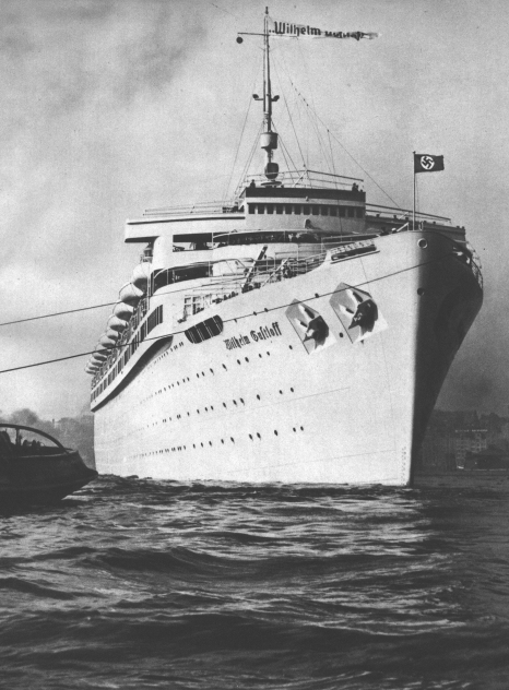 30 января 1945 г подводная лодка с-13 под командованием капитана 3-го ранга