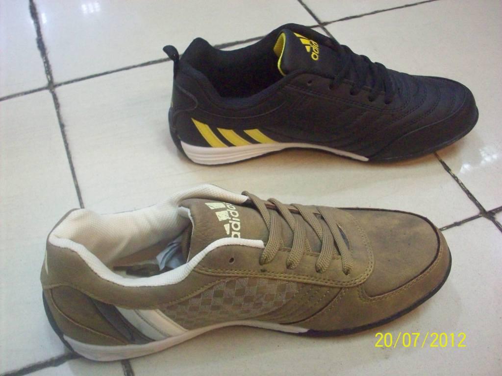 Sepatu Futsal Eagle | Holidays OO