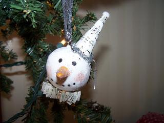 Yarnigras! Annual Ornament Swap