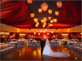 Wedding Decor, Salons Decorated in Red 1