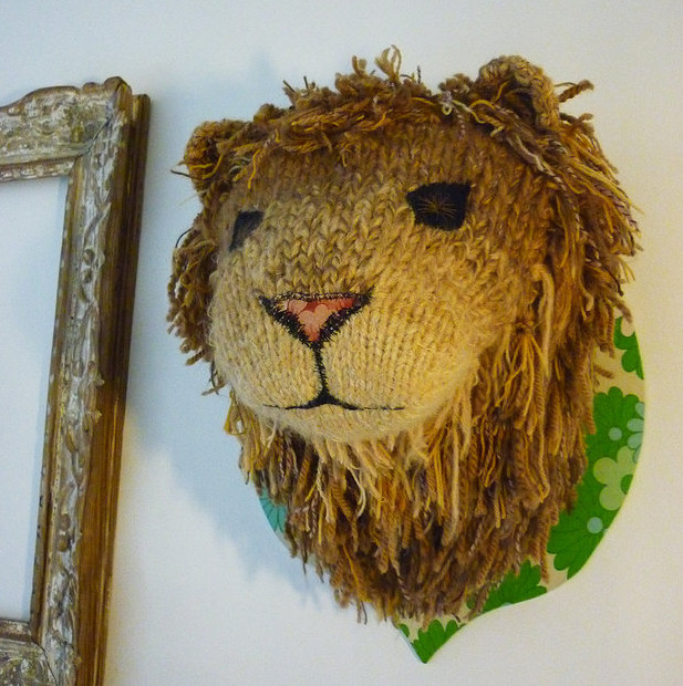 Camille Dupuis knitted lion's head