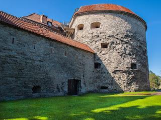 Экскурсии по Таллинну. Башня Толстая Маргарита